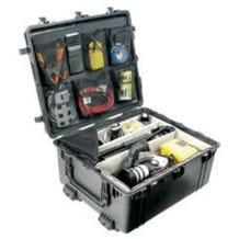 Pelican 1690 Transport Case with Foam - Black
